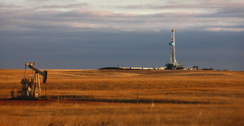 crude-oil-hedging.jpg